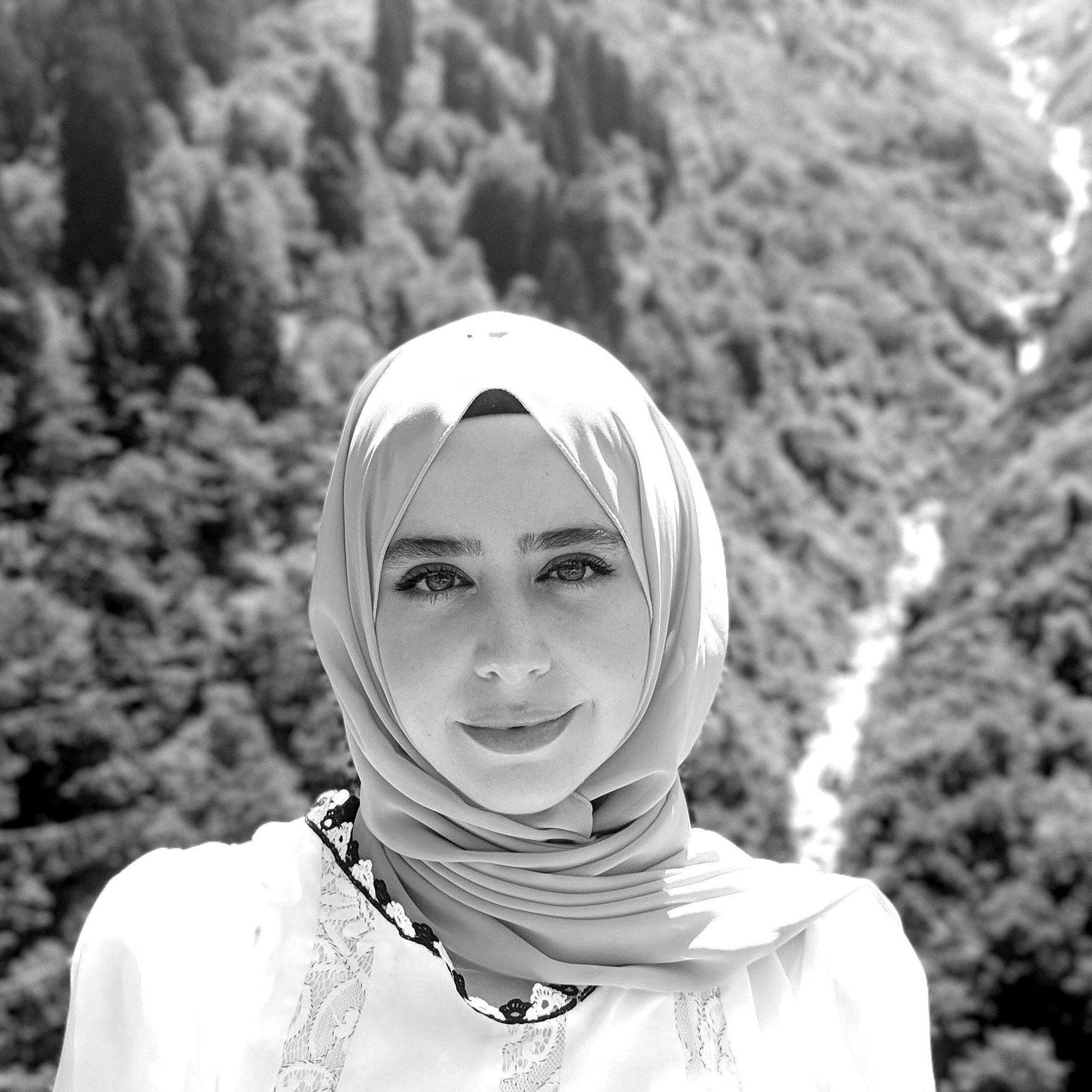 Zainab_ALRB_Photo-blackwhite